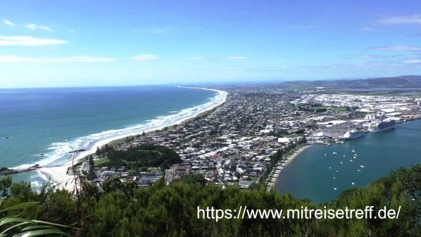 Blick vom Mount Maunganui auf die Strände