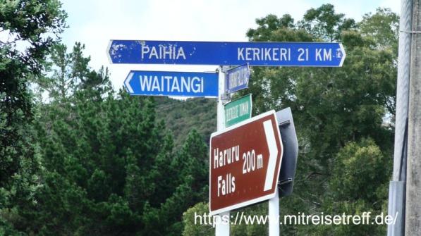 Wegweiser nach Paihia, Waitangi,Kerikeri,Haruru Falls