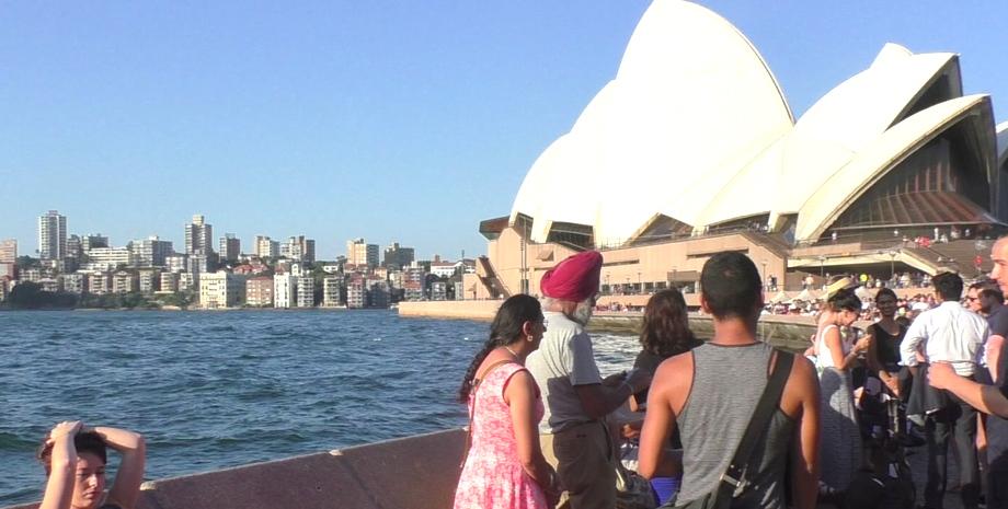 Auf dem Weg zum Opernhaus in Sydney