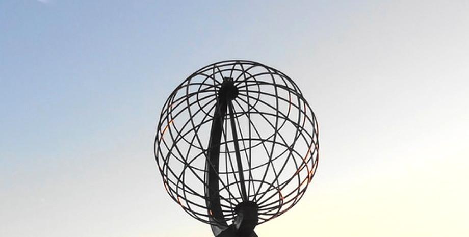 Erdkugel vom Nordkap als Weltkugel